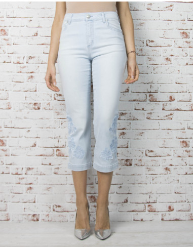 Cropped tube jeans