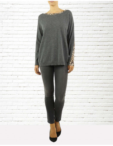 Wool and cashmere over sweater